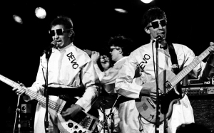 Devo Performs Live